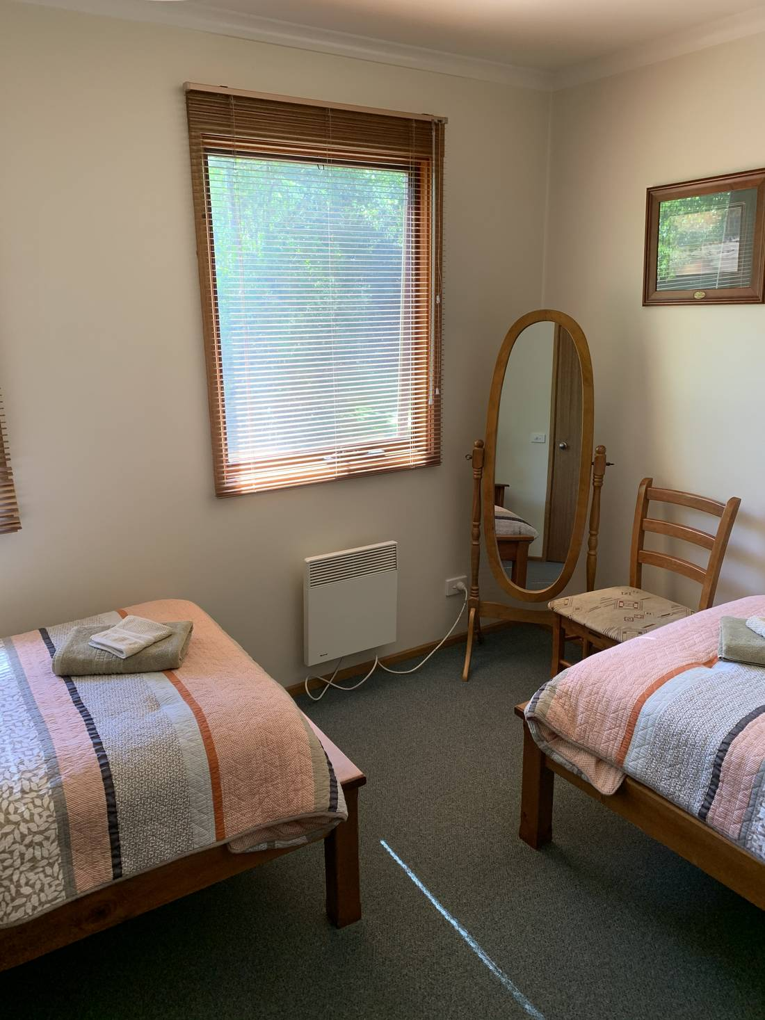 Shadybrook self-contained Cottage bedroom